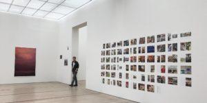 Der Account eines Instagrammers wurde gelöscht, nur weil er Bilder aus der Wolfgang Tillmans Ausstellung in der Fondation Beyeler postete.