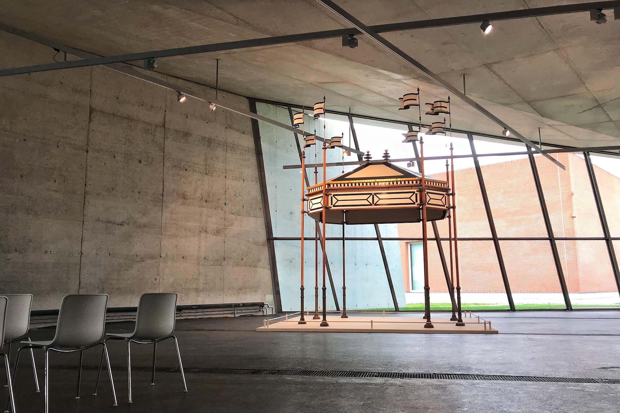 """Das Vitra Design Museum feiert das Designer-Ehepaar Charles und Ray Eames mit mehreren Ausstellungen unter dem Motto """"An Eames Celebration""""."""