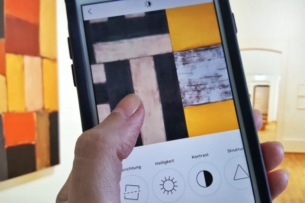 """Die Kunsthalle Karlsruhe nutzt zur Vermittlung der Ausstellung """"Sean Scully. Vita Duplex"""" auch Kooperationen mit Bloggern und Instagram-Nutzern."""