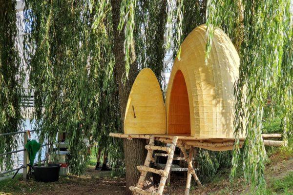 """In Hamburg zeigt der Künstler Terence Koh seine Installation """"Bee Chapel HafenCity"""" - ein utopischer Ort für die Begegnung zwischen Mensch und Natur"""