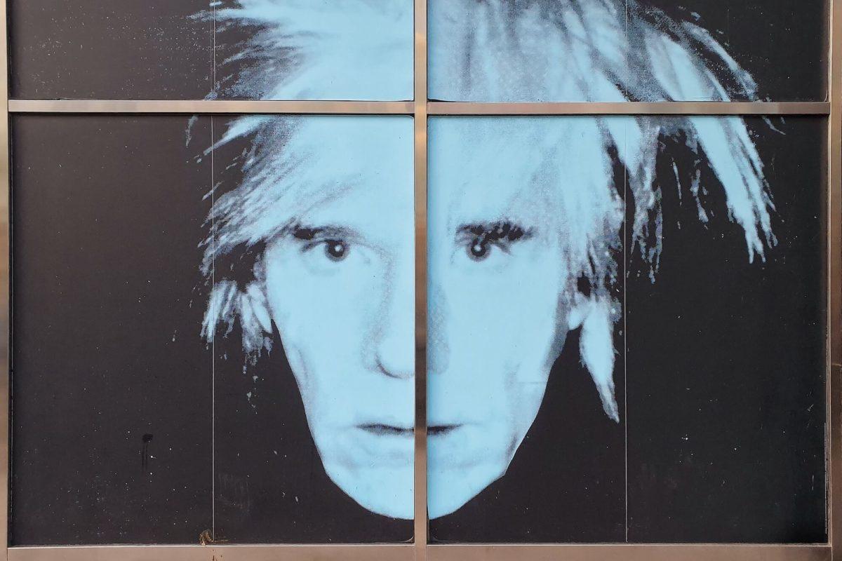 """Die Ausstellung """"Amerika! Disney, Rockwell, Pollock, Warhol"""" im Bucerius Kunst Forum stellt erstmals die Werke der vier amerikanischen Kunst-Ikonen gegenüber."""