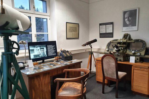 Das Astronomiemuseum in Sonneberg zeigt in seiner Dauerausstellung eine Vielzahl historischer astronomischer Geräte und Teleskope