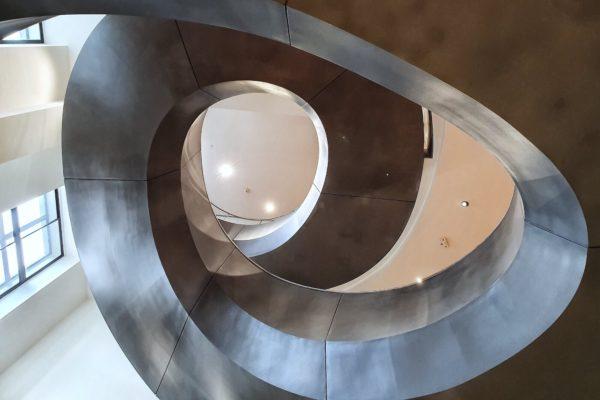 Das 2007 eröffnete Museum der Wellcome Collection setzt sich in wechselnden Ausstellungen mit verschiedenen Themen aus dem Bereich der Gesundheit und Medizin auseinander