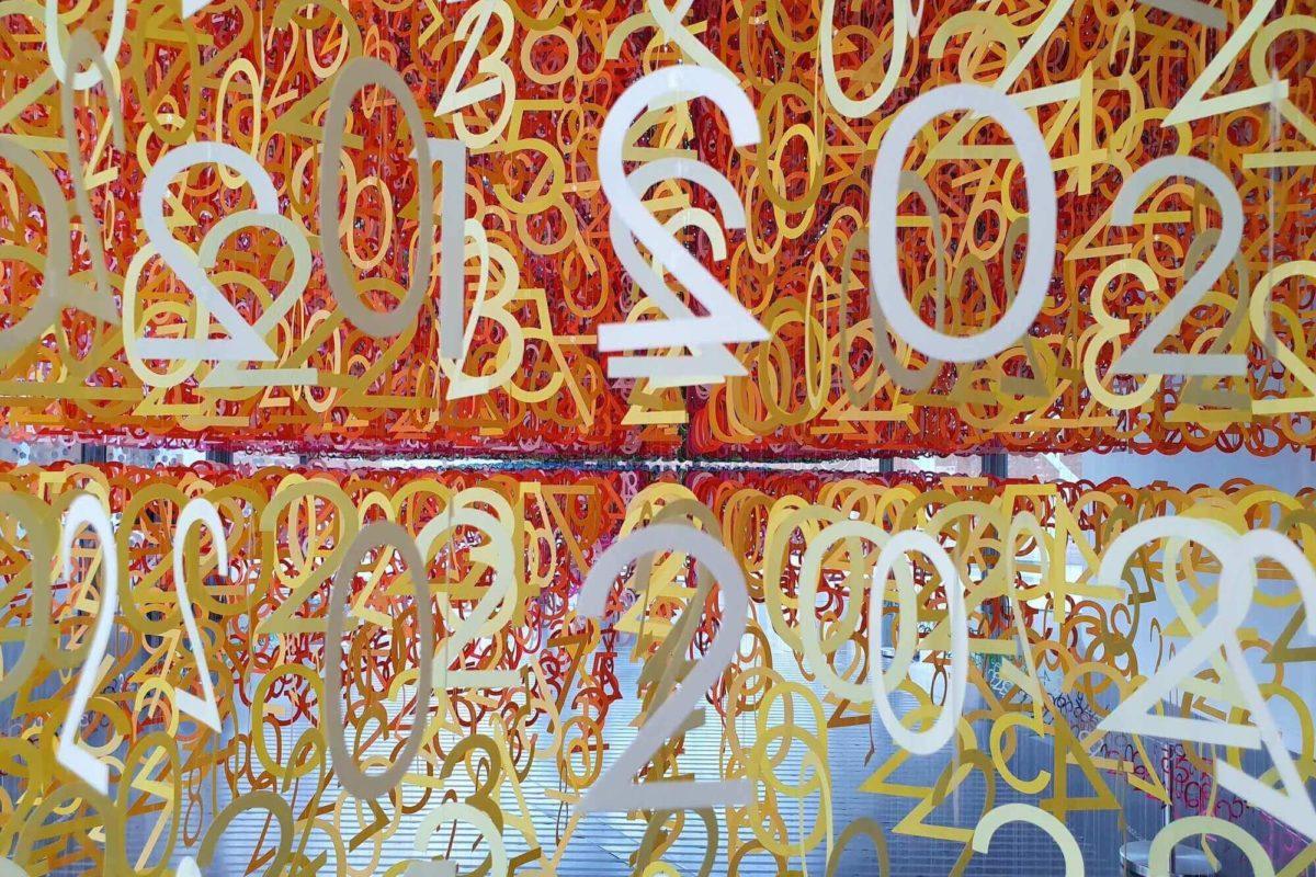 """In der immersiven Installation """"Slices of Time"""" von Emmanuelle Moureaux werden Besucher dazu aufgefordert, eine Zeitlinie aktiv mitzugestalten"""