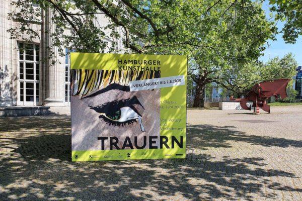 """Aufgrund der Corona-bedingten vorübergehenden Schließung des Museums wurde die Ausstellung """"Trauern. Von Verlust und Veränderung"""" bis zum 2. August 2020 verlängert"""