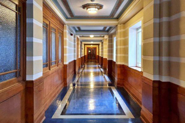 Das Freimaurermuseum ist in der Freemasons' Hall London untergebracht, einem Gebäude im Stil des Art Deco von 1933